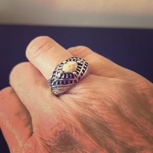 Silpada Sterling Silver Regalia Ring Size 7